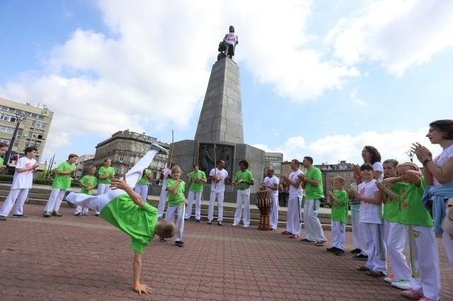 Brazylijska parada capoeiry w Łodzi - 1 czerwca 2019