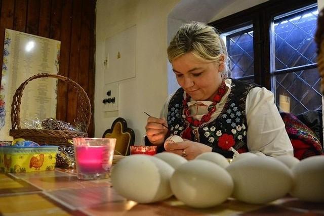 Paulina Pieluszczak - pani sołtys, siła napędowa Trzebicza pod Drezdenkiem i organizatorka konkursu wielkanocnego. Na razie ma najwięcej głosów spośród finalistów z powiatu strzelecko - drezdeneckiego