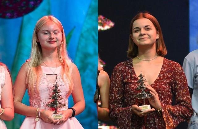 Martyna Cieśla (z lewej) i Gabriela Papaj z Ostrowca otrzymały Brązowe Jodły na festiwalu harcerskim w Kielcach. Uroczysta gala odbyła się w amfiteatrze Kadzielnia.