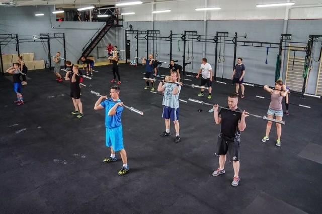 """""""CrossFit """" to pierwszy afiliowany box crossfitowy w Zielonej Górze."""