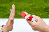 Jak rzucić palenie? Poznaj sprawdzone sposoby domowe i farmakologiczne. Jak przestać palić i nie przytyć?