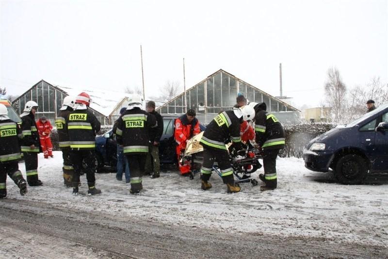 W wypadku w Chmielowicach ranne zostały dwie osoby.