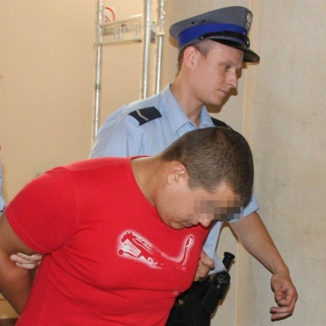Radosławowi H. grozi do 12 lat więzienia.