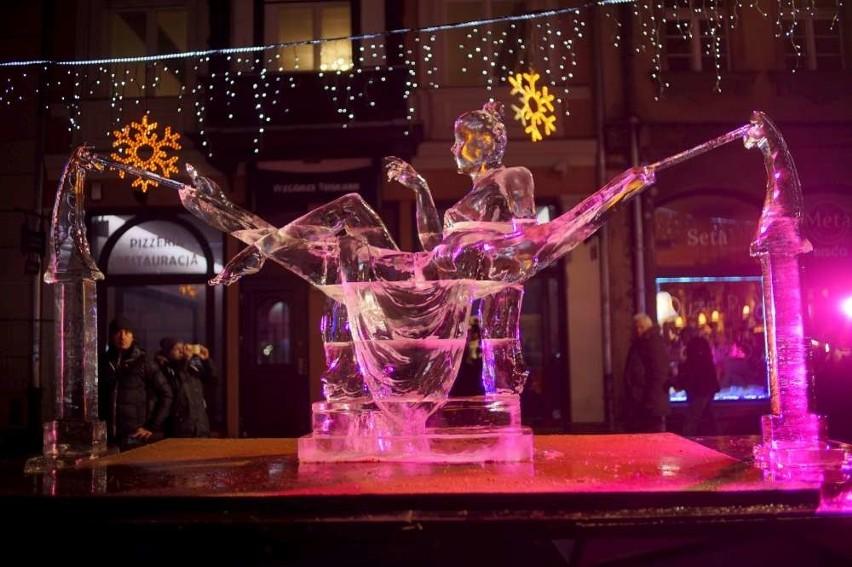 Rzeźby lodowe robią ogromne wrażenie!