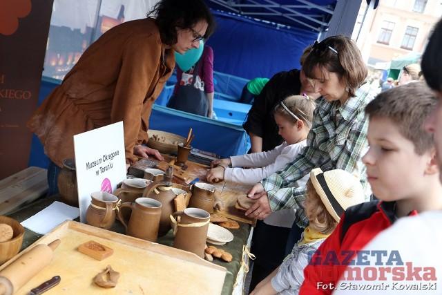 Otwarcie sezonu turystycznegoPrzez cały sobotni dzień na rynku Nowomiejskim odbywał się festyn otwierający sezon turystyczny
