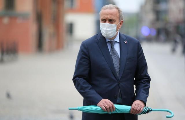 Grzegorz Schetyna o szczepieniach: Tekturowe państwo PiS. Jesteśmy w chaosie, szczepionki są marnowane i o tym słyszymy codziennie