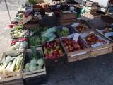Mogilany. W poniedziałek na placu targowym, handlowcy będą mogli sprzedawać nie tylko artykuły spożywcze. Wraca pełny handel