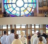 Kraków. Arcybiskup Marek Jędraszewski poświęcił organy w kościele na Ruczaju [ZDJĘCIA]