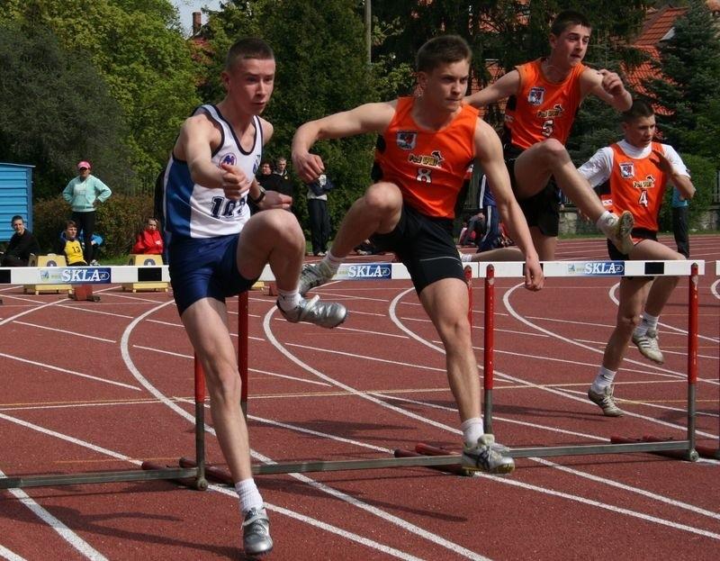 Łukasz Rutkowski pierwszy z lewej.