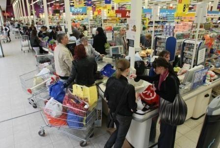 W sieci Tesco czeka na klientów 300 nowych produktów dyskontowych i dwa dni darmowych degustacji. Fot. D. Łukasik