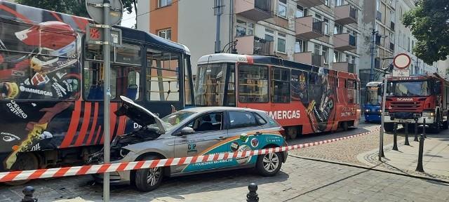Wypadek z udziałem tramwaju na ulicy Szewskiej