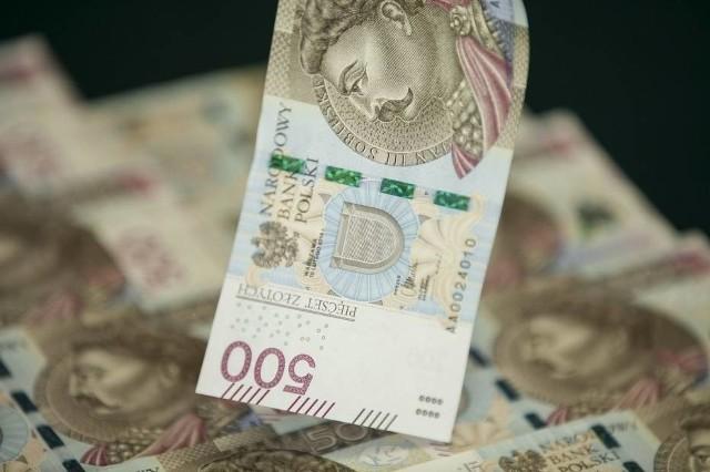 Romowie oszukują metodą na rozmiankę banknotu 500-złotowego