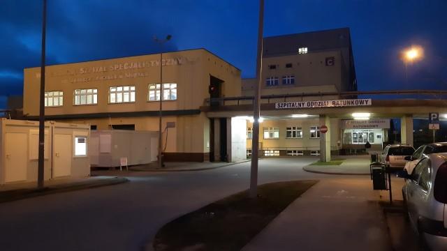 W słupskim szpitalu póki co nie został uruchomiony oddział covidowy. Decyzję taką podejmie wojewoda.