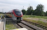 Dodatkowy pociąg Miastko – Słupsk – Miastko wyjeżdża na tory