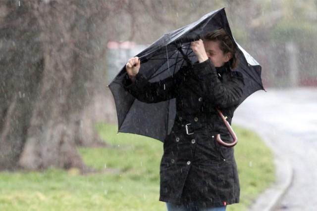 W niedzielę na Dolnym Śląsku załamanie pogody. Czekają nas intensywne opady deszczu i silny wiatr