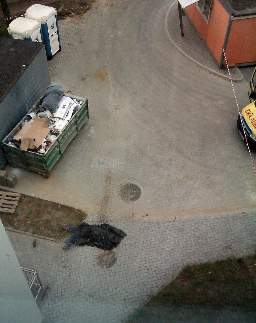 Samobójstwo w Białymstoku. Mężczyzna rzucił się z dachu...