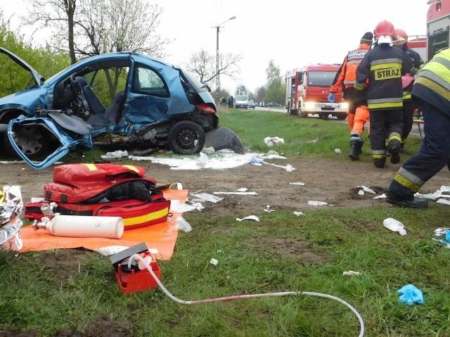 Powiat obornicki: Cztery osoby poszkodowane w wypadku