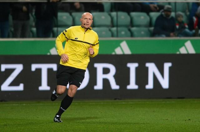 Szymon Marciniak pozostaje w sędziowskiej elicie UEFA.