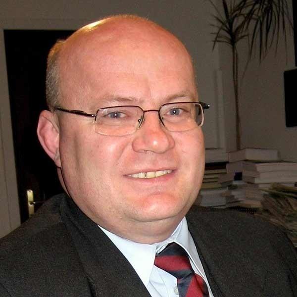 Andrzej Szlęzak: - Trudno ufać ludziom, którzy w kampanii wyborczej opowiadali się przeciwko mnie.