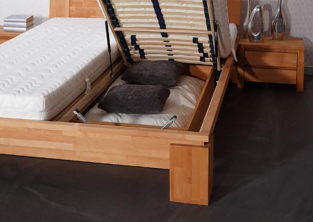 Łóżko z pojemnikiem na pościelŁóżko dwuosobowe z dwoma materacami i pojemnikiem na pościel
