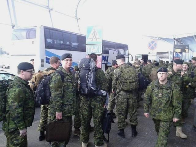 Kanadyjscy żołnierze w Poznaniu