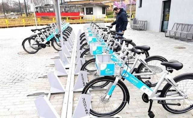 Czeladzkie rowery miejskie cieszą się coraz większą popularnością Zobacz kolejne zdjęcia/plansze. Przesuwaj zdjęcia w prawo - naciśnij strzałkę lub przycisk NASTĘPNE