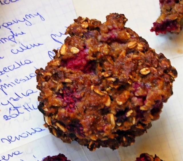 Dietetyczne ciasteczka owsiane z malinami. Zobaczcie przepis!