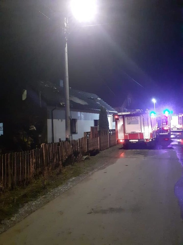 W nocy z poniedziałku na Wtorek strażacy gasili pożar domu w Głogowie w gminie Wieniawa.