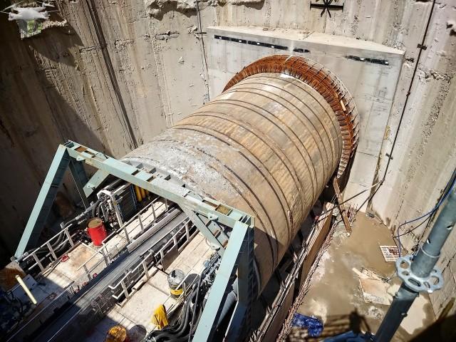 Drążenie tunelu trwa, ale dotrzymanie terminu grudzień 2022 wydaje się bardzo mało prawdopodobne.