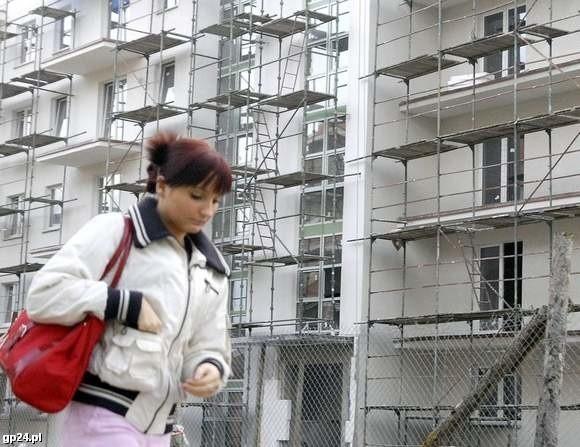 Promocyjną ofertę na mieszkania w bloku przy ul. 11 Listopada przygotowała spółdzielnia Dom nad Słupią