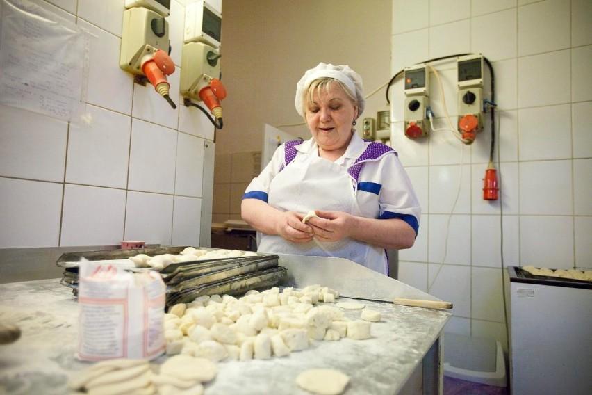 Najlepsze bary mleczne w Krakowie - tu zjesz smacznie i...