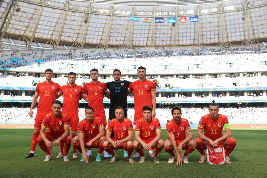 Euro 2020. Co mecz Walijczycy inaczej ustawiają się do grupowego zdjęcia