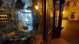 Nocne włamanie do jubilera 19.08.2021 r. 24-latka ukradła biżuterię ze sklepu na pl. Wejhera w Wejherowie