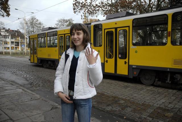 Agacie Pilipczuk pierwsza podróż tatrą sprawiła przyjemność: - Żłóty kolor też mi się podoba - stwierdziła.