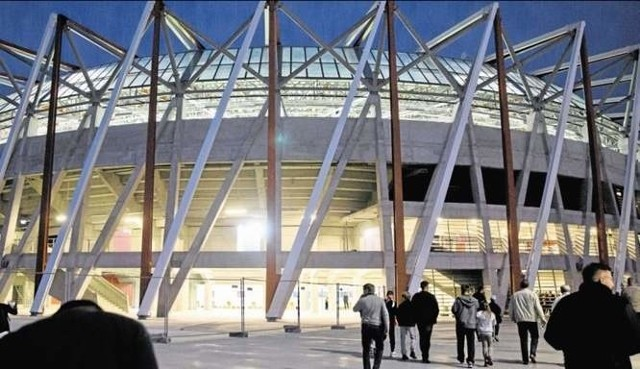 Stadion miejski w sądzie. Eiffage zapłaci miastu ponad 37 mln zł z odsetkamiStadion miejski w Białymstoku w sądzie. Eiffage zapłaci miastu ponad 37 mln zł z odsetkami
