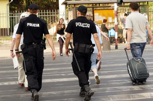 Dodatkowe patrole policji na ulicach Raciborza