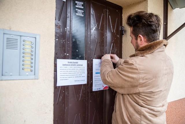 """Grupa """"Widzialna Ręka - Białystok"""", zrzutka na wsparcie szpitala w Łomży, akcja Caritasu i #GastroPomaga. Jednoczymy się w obliczu zagrożenia epidemią"""