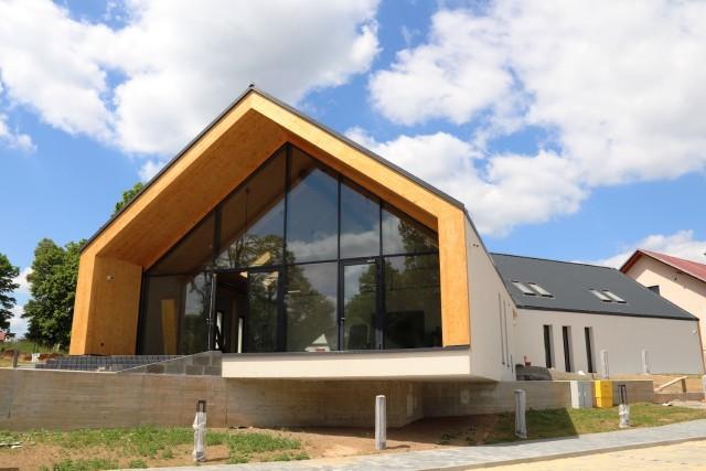 Nowy budynek wielofunkcyjny w Kleszczowie powstaje od 2017 roku. Realizowany jest w trzech etapach