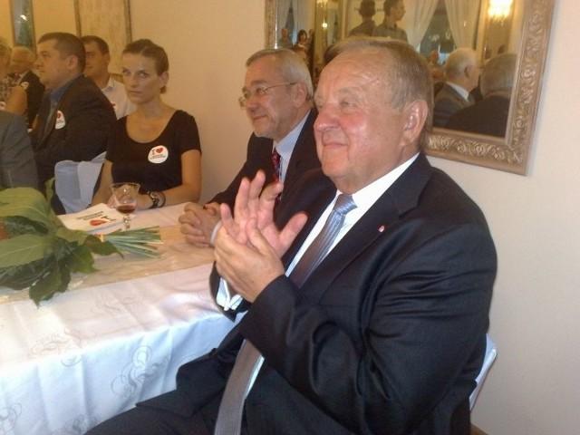 W gorzowskiej Komodzie Andrzej Arendarski wspierał prezesa Komarnickiego.