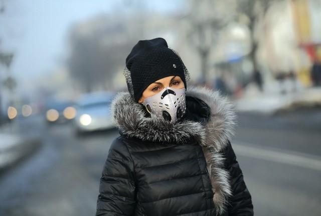 Jak Poznań walczy ze smogiem? Czujniki demonstracyjne, mobilna stacja, eko wóz - ładnie wyglądają na papierze