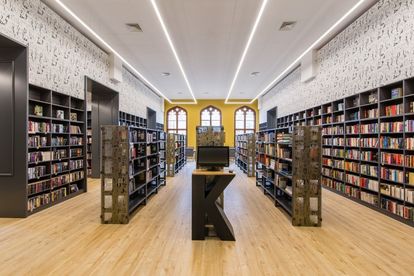 Biblioteka przy dworcu we Wrocławiu