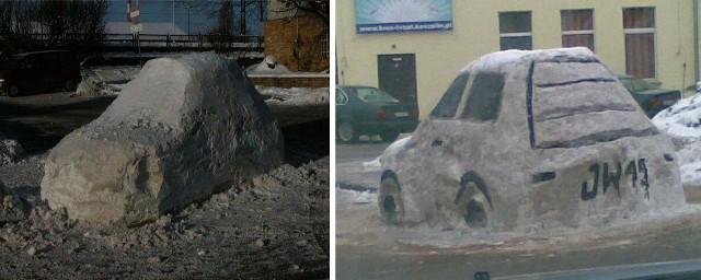 Samochód ze śniegu przed koszalińskim dworcem PKP.