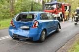Wypadek na trasie Śrem - Chrząstowo. Dwie kobiety ranne po zderzeniu trzech aut. Jedna z nich jest w ciąży