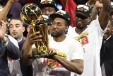 Toronto Raptors po raz pierwszy mistrzem NBA! Dramat Golden State Warriors