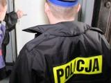Policjanci uratowali mężczyznę z zadymionego mieszkania