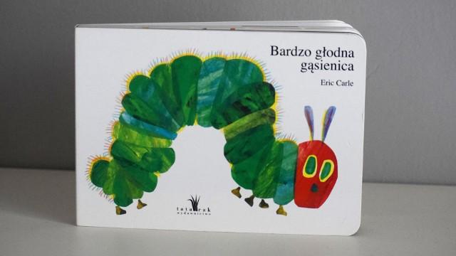 """50-te urodziny """"Bardzo głodnej gąsienicy"""". Czym wyróżnia się ta książka dla dzieci?"""
