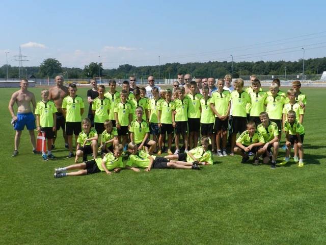 Zawodnicy z rocznika 2001 doszli do 1/8 finału turnieju Dana Cup w Danii. To prestiżowy turniej, więc i sukces bardzo duży.