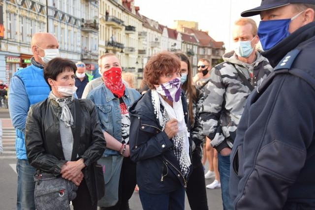 24.04.2020. Protest na przejściu granicznym Słubice - Frankfurt nad Odrą