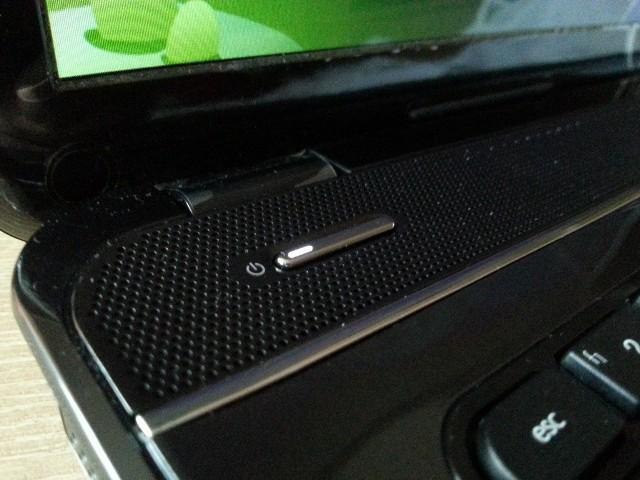 Wolsztyn: Dostali laptopy od gminy, teraz próbują je... sprzedać
