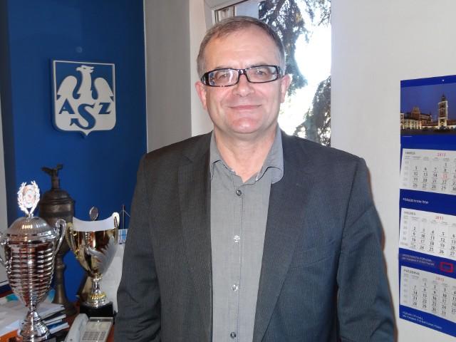 Z Tomaszem Szponderem, laureatem II miejsca rozmawiamy o działalności w AZS Poznań i prowadzeniu Domy Wydawniczego Rebis.